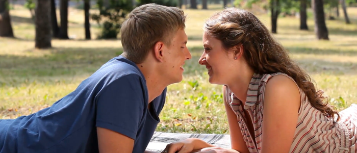 How to make a relationship romantic and long-lasting - expressing love