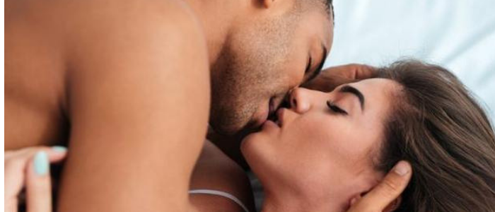 Top 10 ways to make sex last longer - Kiss each other in the process