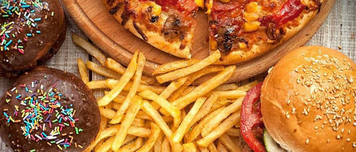 Top 10 weight loss tips and tricks - Avoid Junk Foods