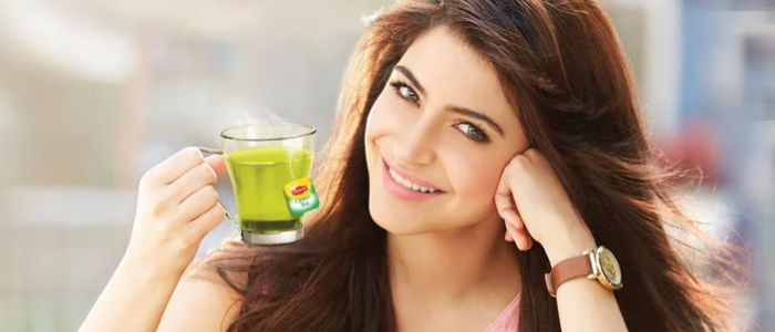 Top 10 weight loss tips and tricks - Having Green tea and replacing it with the drinks you take every day