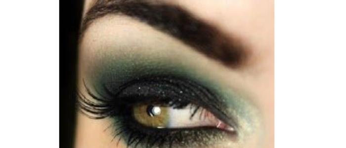 Eye Make Up - Blue color