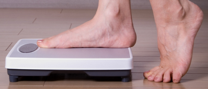How to meet your weight loss goals - Measure your weight
