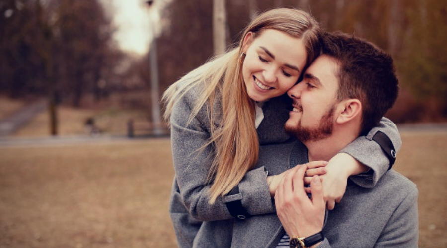 11 Ways to Make a Girl Feel Loved and Special-Giving little, yet significant, blessings